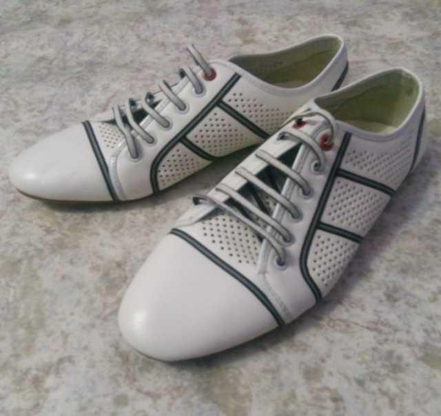 Продам Мужская летняя обувь 42 размера