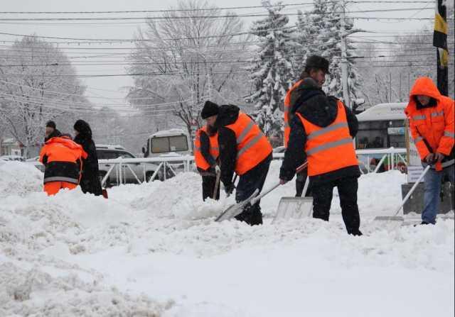 Предложение: Уборка снега вручную с погрузкой