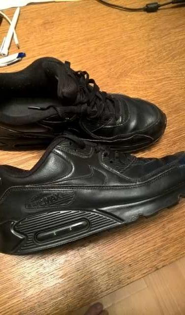 Продам Кроссовки Nike Air Max. Размер 42-43