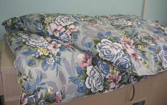 Продам Одеяло пуховое