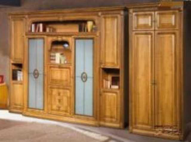 Продам Стенки и спальни Мебель-Неман.