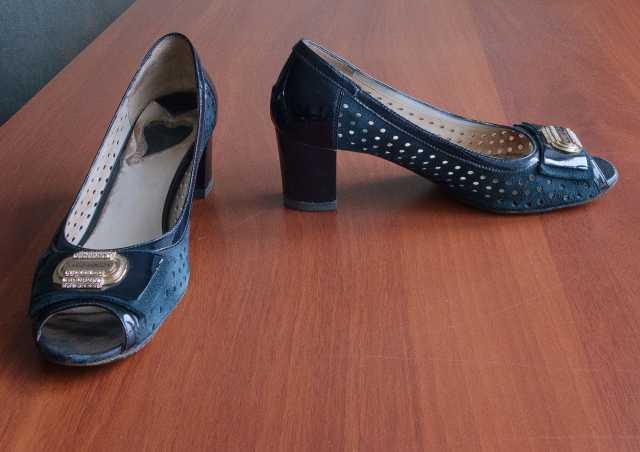 Продам синие  туфли  из натуральной замши