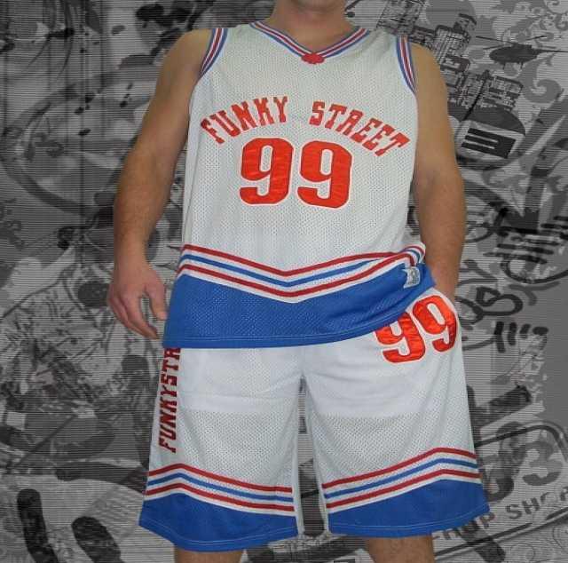 Продам Баскетбольный костюм