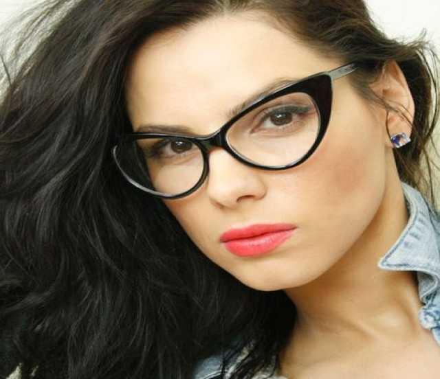 Продам Модные очки для зрения