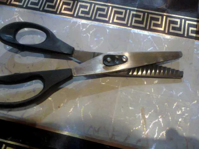 Продам: Ножницы