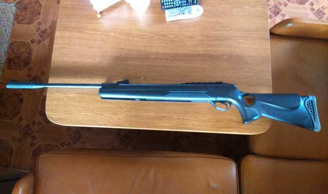 Продам пневматическая винтовка хатсан 125