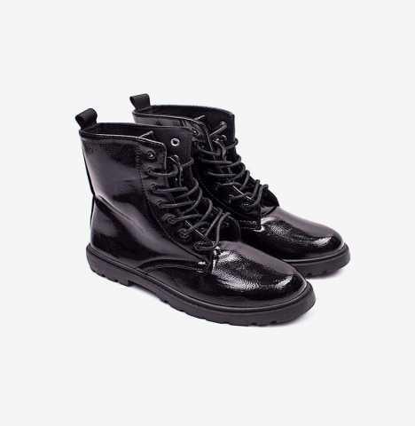 Продам Лаковые ботинки для девочки.весна -осень