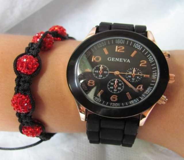 Продам Часы женские Geneva, цвет чёрный (подроб