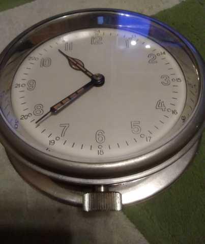 Продам Часы каютные