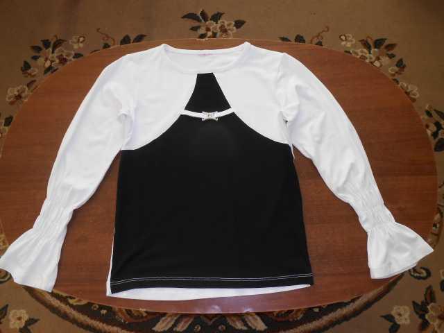 Продам Нарядная блузка для девочки