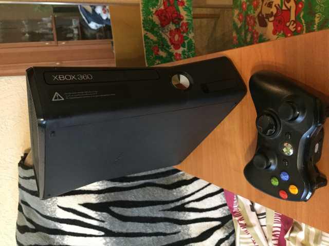Продам Игровая консоль Xbox 360