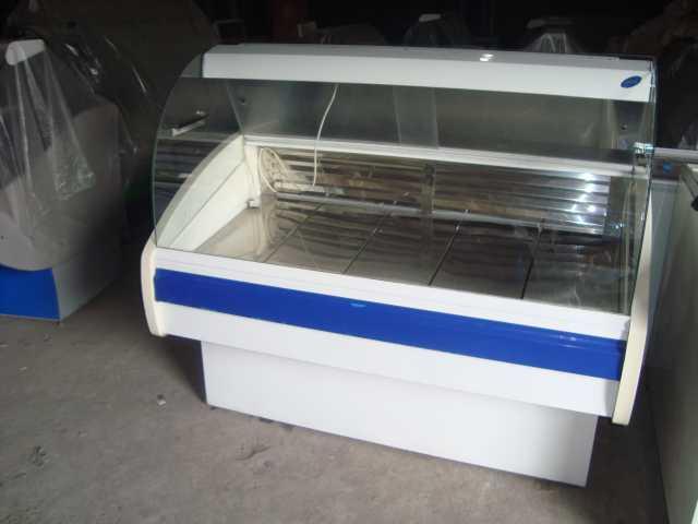 Продам: витрину холодильную б/у