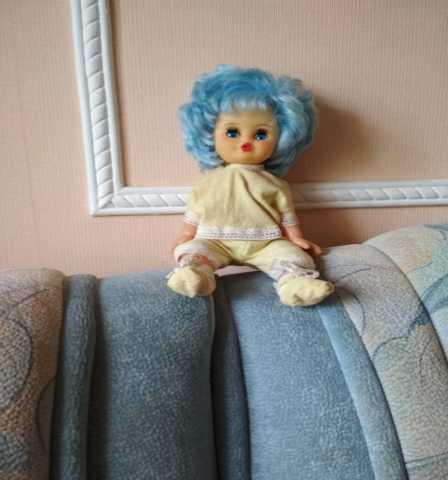 Продам куклу советскую