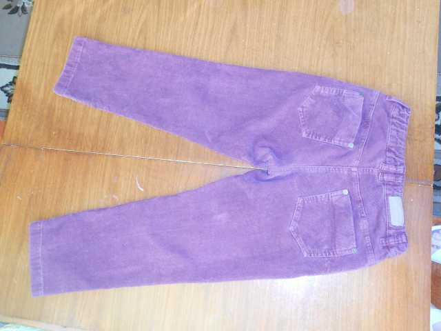 Продам Бордовые брюки (вельвет) для девочки