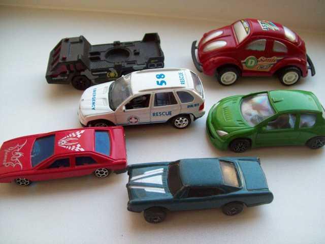Продам Автомобили детские ( игрушки)