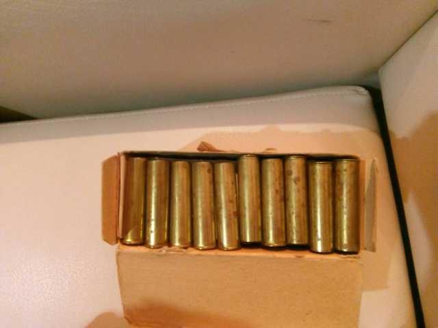Продам гильзы охотничьи металлические 16 к нов.