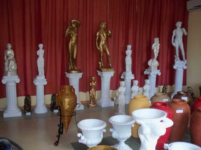 Продам скульптуры вазы колонны
