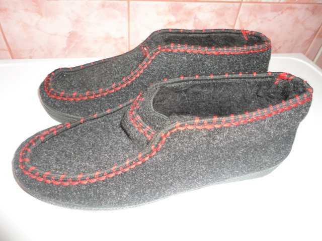 Продам Обувь домашняя тёплая новая размер 40
