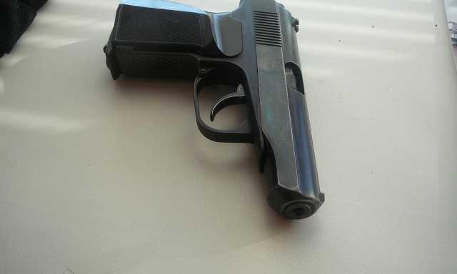Продам пневматический пистолет мр 654.