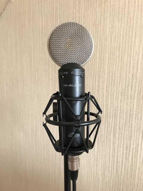 Продам Студийный Микрофон m-audio luna2