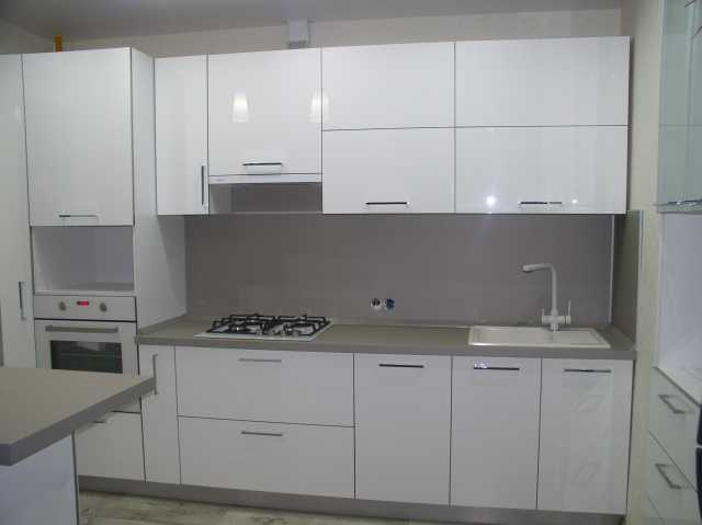 Предложение: Кухни, кухонные гарнитуры