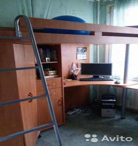 Продам Кровать-чердак с учебным местом и шкафом