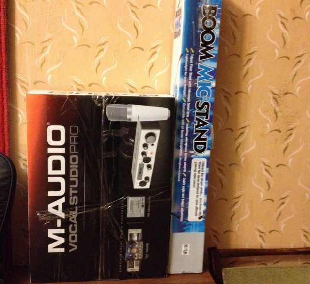 Продам m-audio vocal studio pro