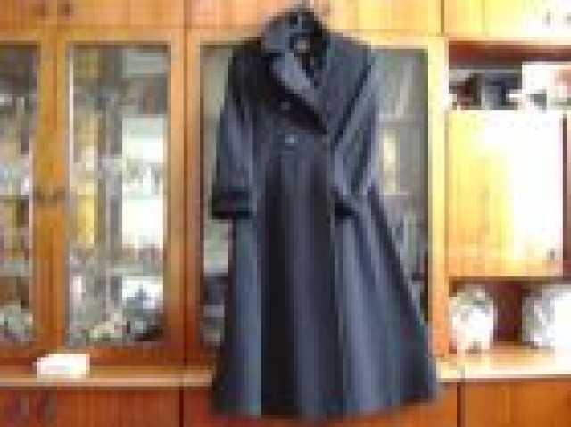 Продам Продам женское д/с пальто 46-48/168-174