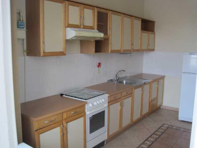 Продам кухонный гарнитур (б/у)