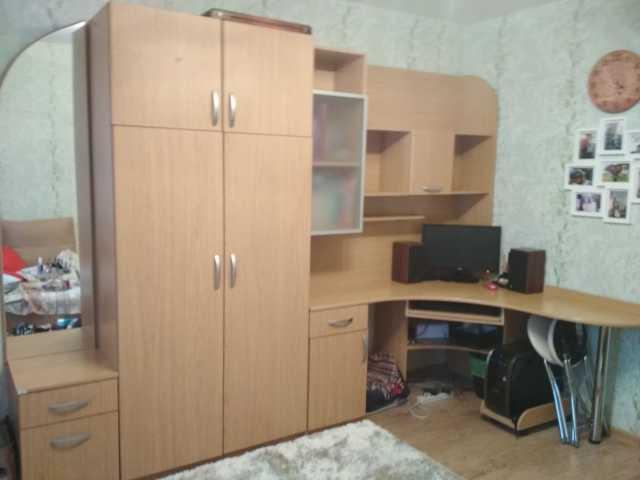 Продам Продается Набор мебели (стенка)