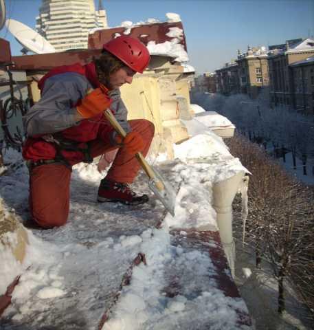 Предложение: Уборка снега, расчиска крыш, территорий