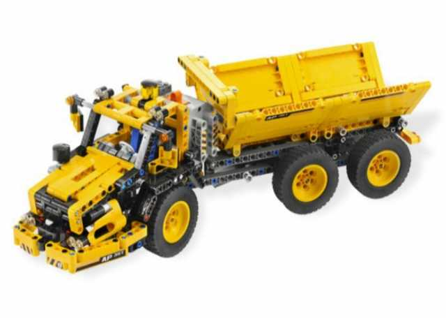 Продам Конструктор-машина-самосвал LEGO  8264
