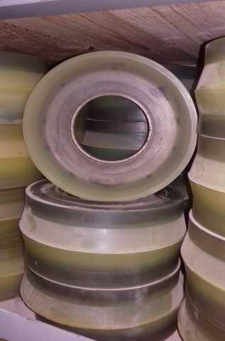 Продам: Поршни для бетононасоса IHI любой диамет