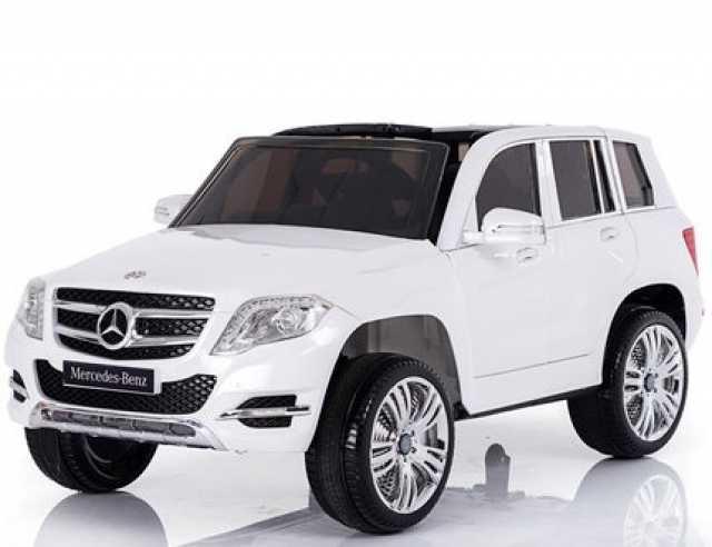 Продам Детский электромобиль Mercedes GLK-300