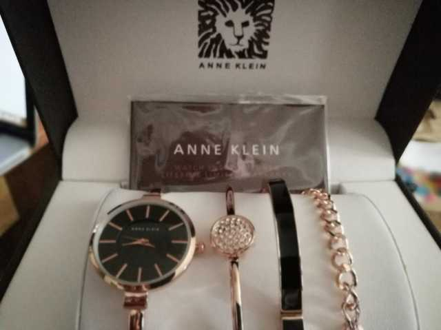 Продам Женские часы Anne Klein (черные)