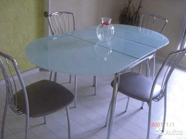 Продам: обеденный стол