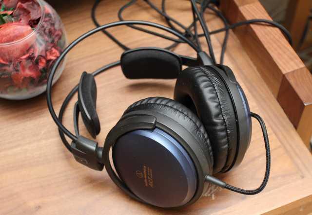 Продам Наушники Audio-Technica ATH-A700X