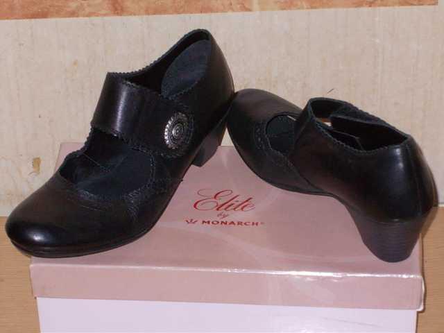 Продам Туфли 36 (LEKER)