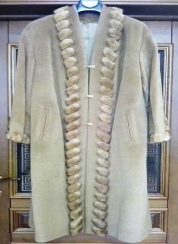 Продам Пальто женское кашемировое новое