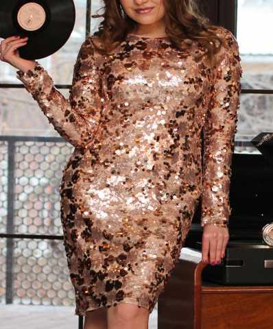 Продам платье золотое