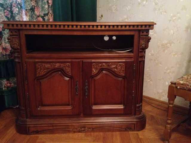 Продам Комод под ТВ. Румыния. Фабрика Simex.