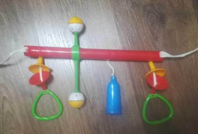 Продам Продам детские игрушки от 0 до 6 месяцев