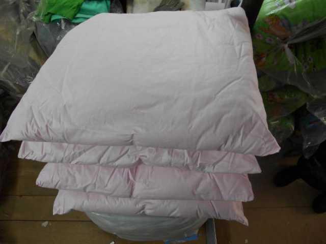 Продам: Подушка синтепоновая 60*60