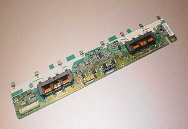 Продам Инвертор SSI320-4UA01