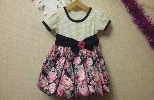 Продам Платье нарядное на девочку