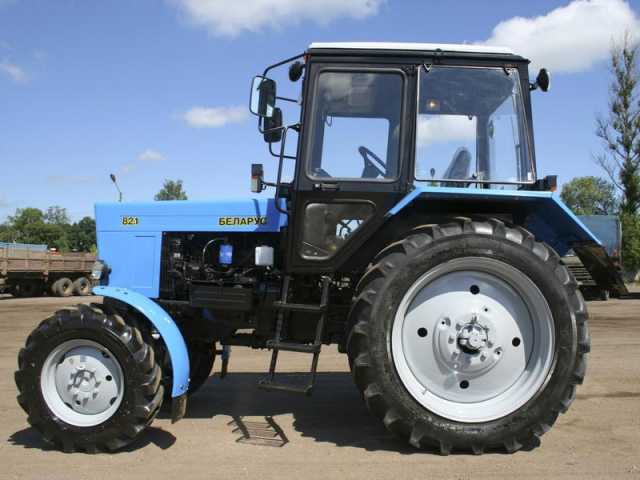 Предложение: аренда трактора (щетка,отвал,дробилка)
