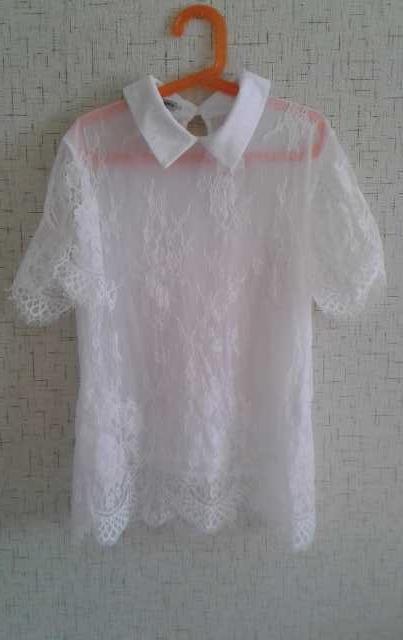 Продам Белая блузку на девочку