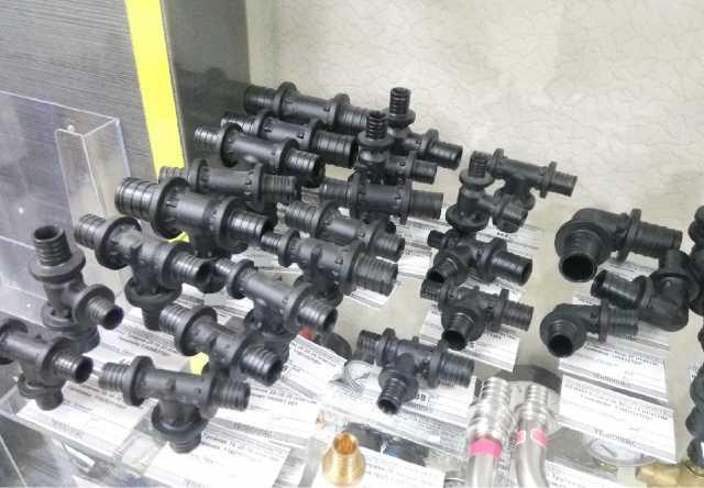 Продам Трубы и фитинги Rehau для водоснабжения