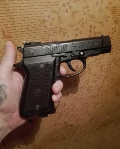 Продам Пневматический пистолет аникс а101