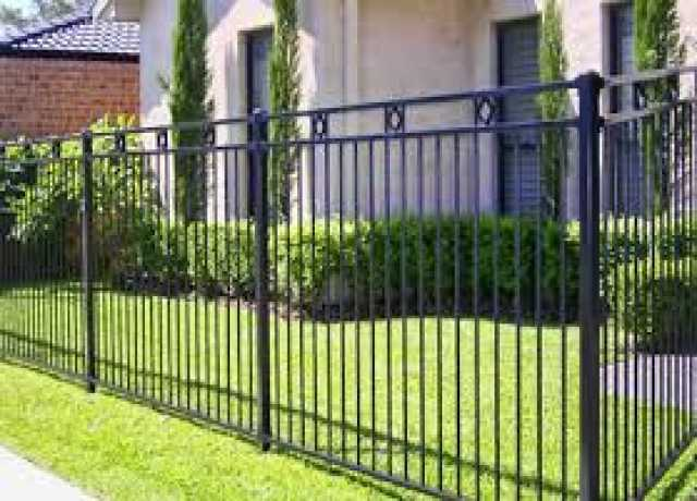 Продам Забор сварной с элементами ковки